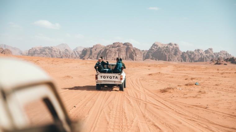अमेरिका छिर्न खोज्ने २६ नेपाली कोस्टारिकामा पक्राउ